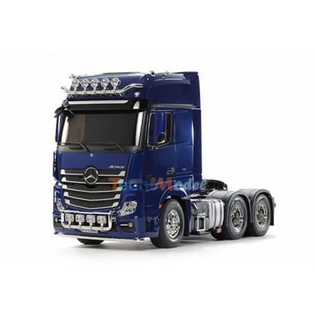 Camion Mercedes Actros 3363 6x4 Gigaspace 1/14 version bleu métallisé Tamiya 56354