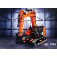Excavatrice Hydraulique Compacte RC avec bras à volée variable LESU ET26L 1/14 réf : BA-B0012